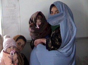 afghan_women_with_children